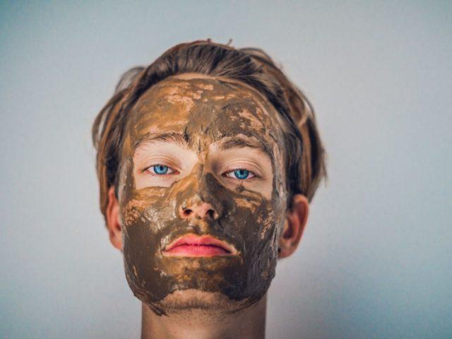 """2 recepty na účinné """"zelené masky na tvár"""" pre lepšiu pokožku"""